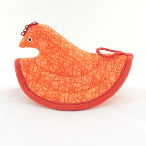 Oranžová kuchyňská chňapka slepička. Červené doplňky.
