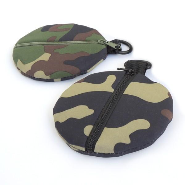 peněženka nebo pouzdro na sluchátka ze softshellu s maskáčovým vzorem