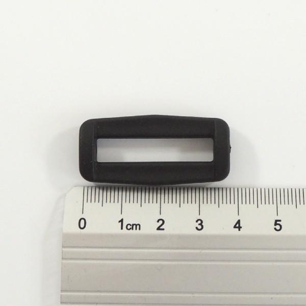 plastová vsuvka, rámeček na popruh 30 mm