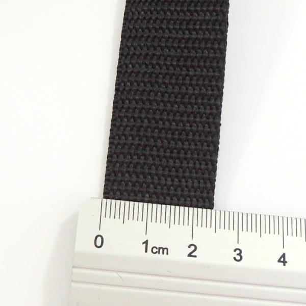 černý popruh 25 mm