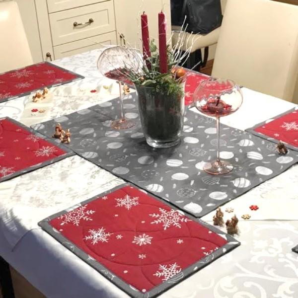 vánočně prostřený stůl, prostírání 25x35 cm