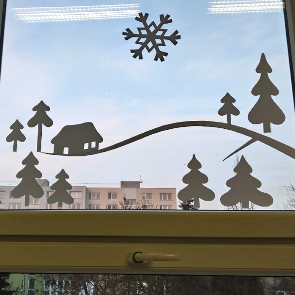 aplikace větve na oknech